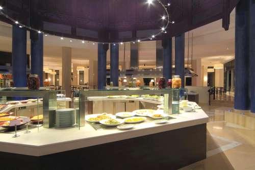 Restaurant buffet Radisson Blu Palace Djerba