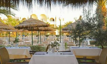 Découvrez l'hôtel Iberostar Mehari Djerba