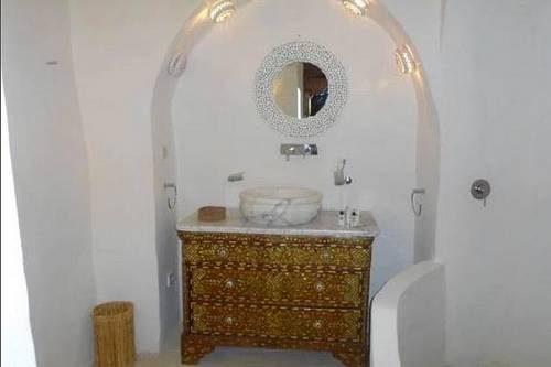 dar-atyqua-maison-d-hotes-a-djerba-salle-de-bain